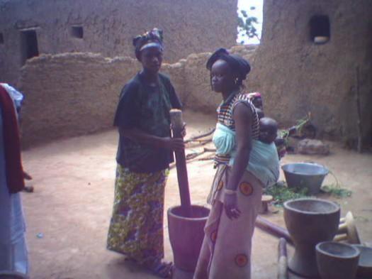 Les occupations quotidiennes des femmes en milieu rural.