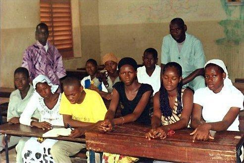 Concours de lecture Global Voices : 'Comme une main amie' de Yoro Diakité