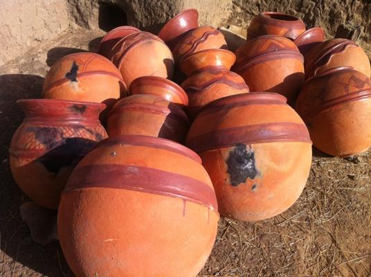 Des canaris fabriqués dans les villages de Ségou au Mali.